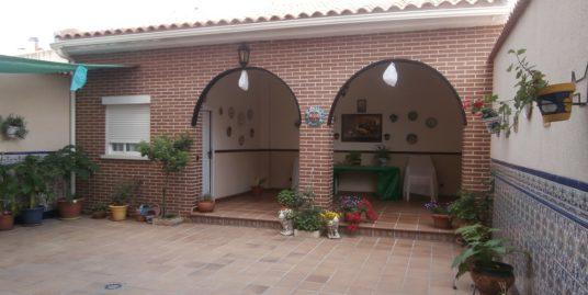 Venta de casa en Aranjuez (Madrid)