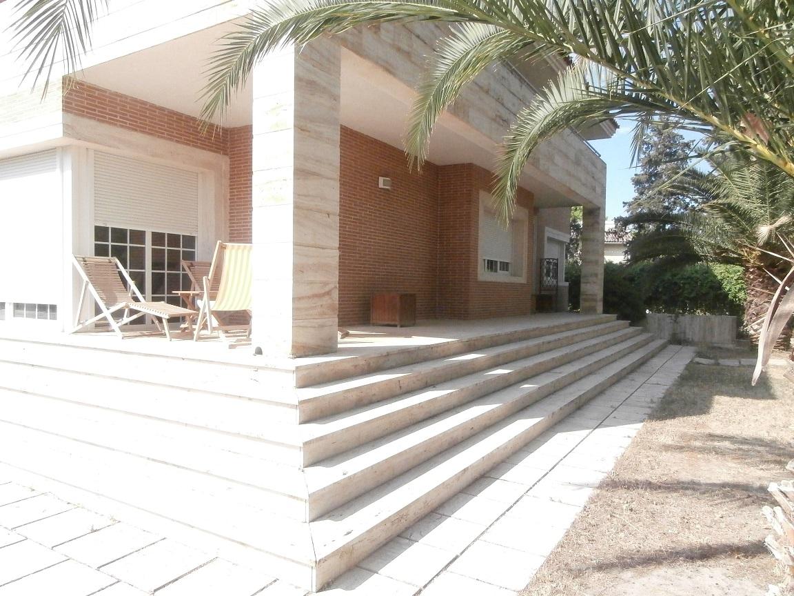Chalet independiente en Aranjuez – Jardín de Oñate